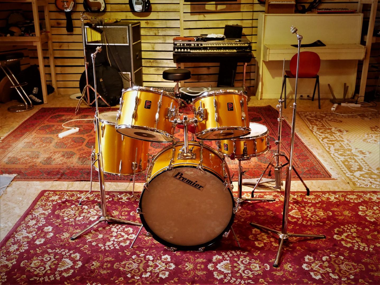 studio-la-boite-a-meuh-premier-resonator