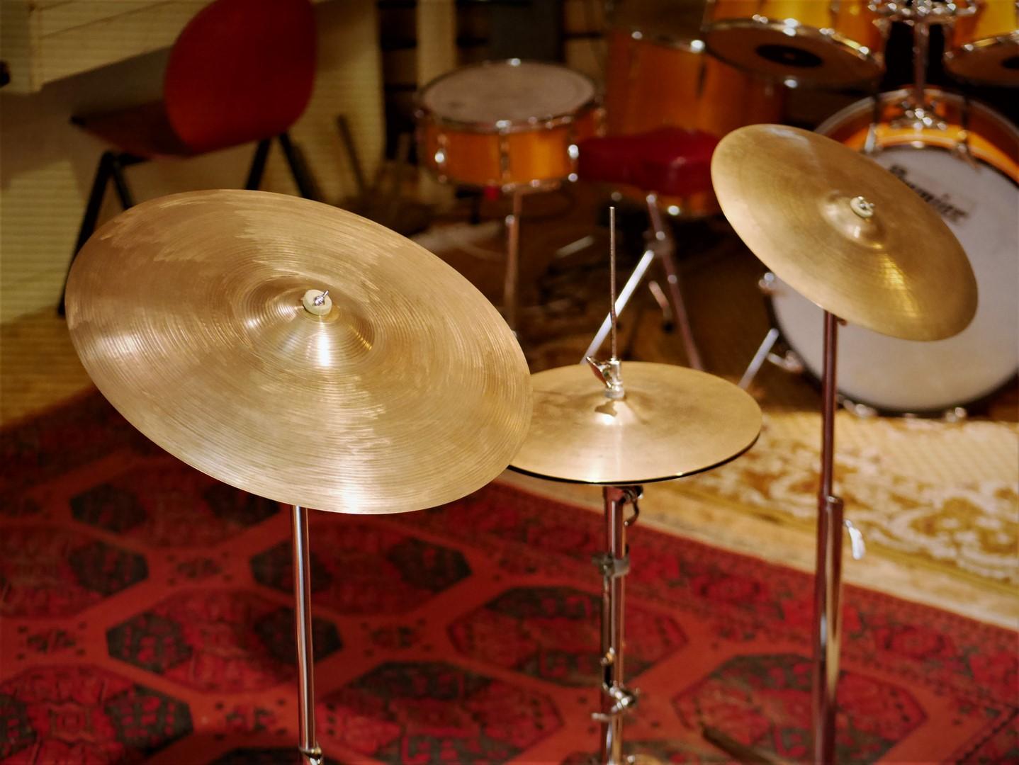 studio-la-boite-a-meuh-set-zildjian-avedis-vintage